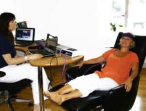 Kvantemedisin behandling med pasient og terapeut