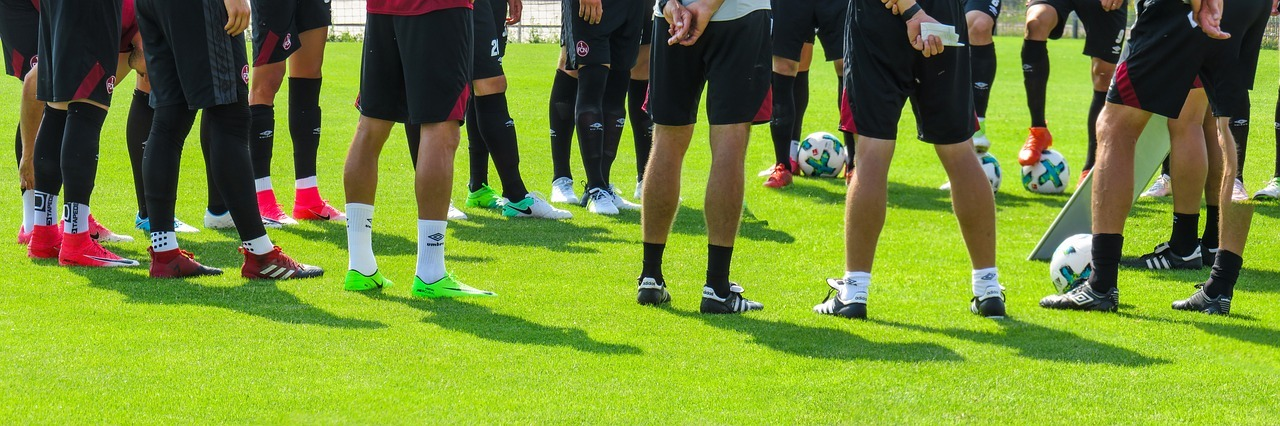 Bena til et fotball lag. Homeopatiske medisiner er enkle å bruke ved skader