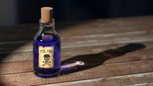 forgiftet - flaske med blå gift